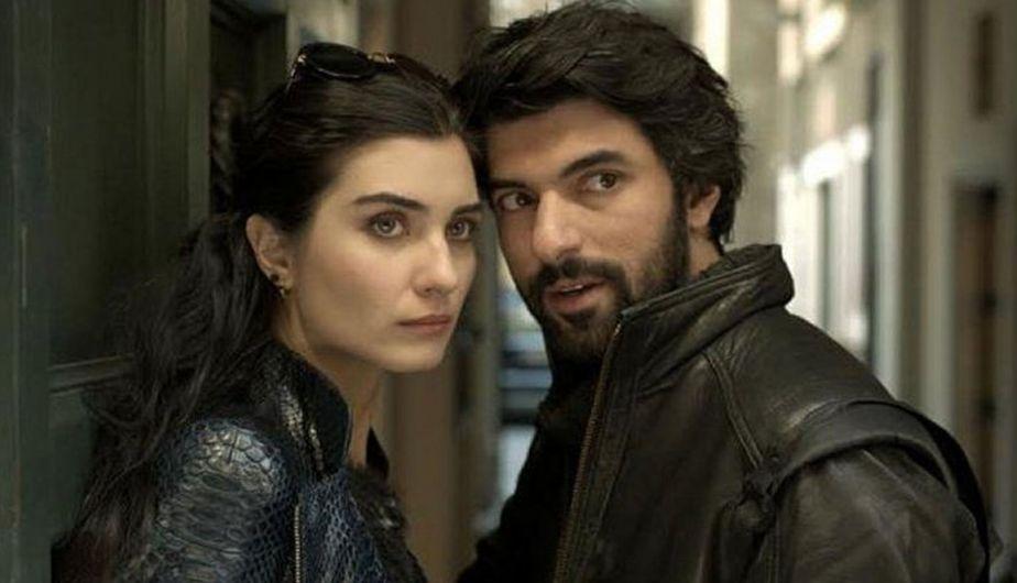<i>Kara Para Aşk</i> es una serie de televisión turca de 2014, producida por Ay Yapım (Foto: <span class=