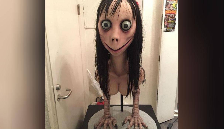 Así es el aspecto de la escultura que le dio rostro a 'Momo'. (Foto: Internet)