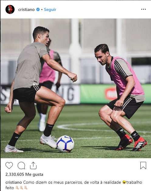 Cristiano Ronaldo también celebró el regreso a los trabajos en Instagram.
