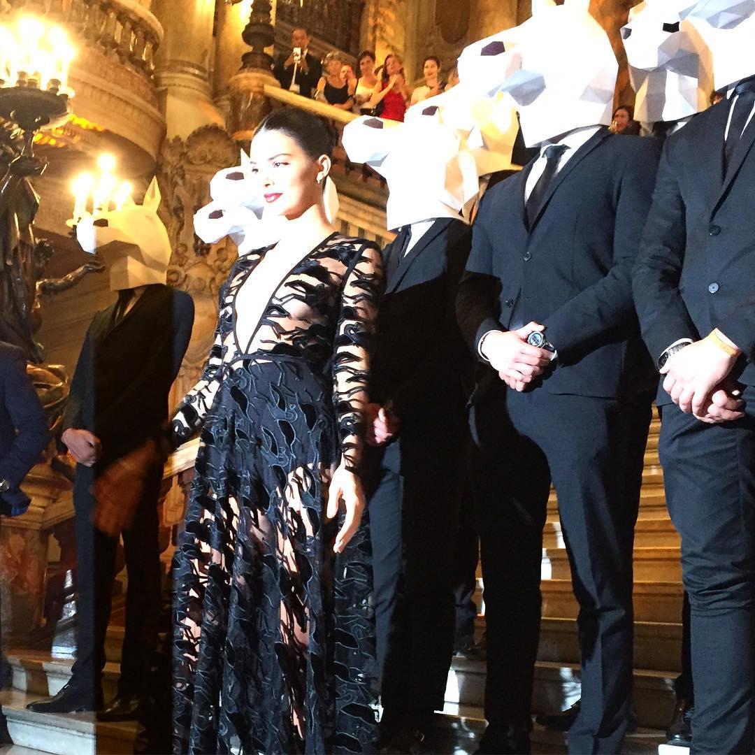 La escena se dio cuando Kendall Jenner asistió al 70 aniversario de Longchamp. (Instagram)