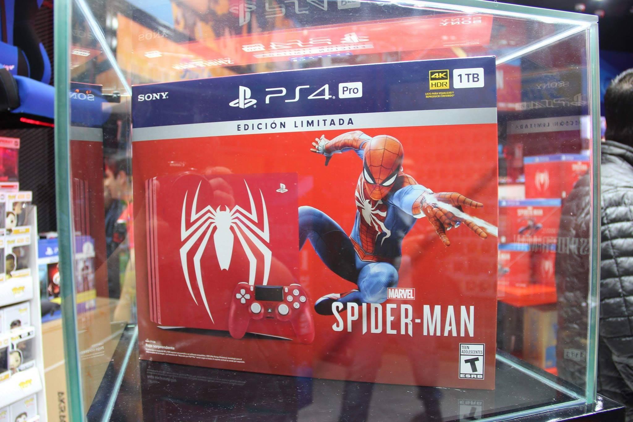 Edición coleccionista de PlayStation, con motivos de Spiderman, que fue lanzada en Perú. (Foto: Luis Carnero)