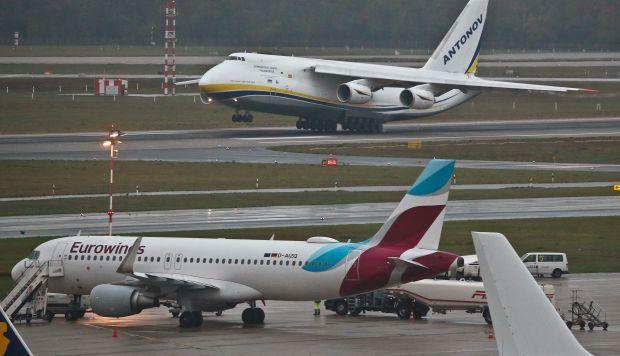 Huelga afectó a 28 salidas, cuyos pasajeros han despegado sin maletas, y a 34 llegadas, cuyos viajeros también se han visto obligados a abandonar el aeropuerto sin sus pertenencias. (Foto referencial: AFP)