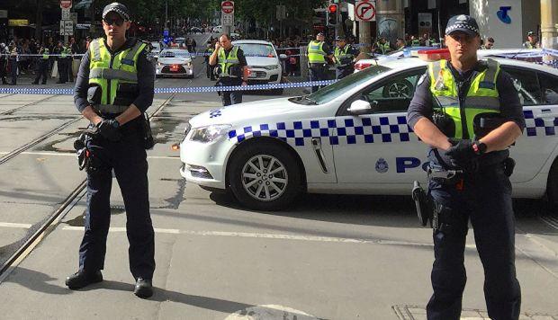 La Policía informó de que no busca a más sospechosos, aunque mantiene acordonada la zona. (Foto: Reuters)