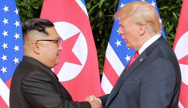 La primera cumbre de Trump con Kim se celebró el 12 de junio de 2018 en Singapur. (Foto: AFP)