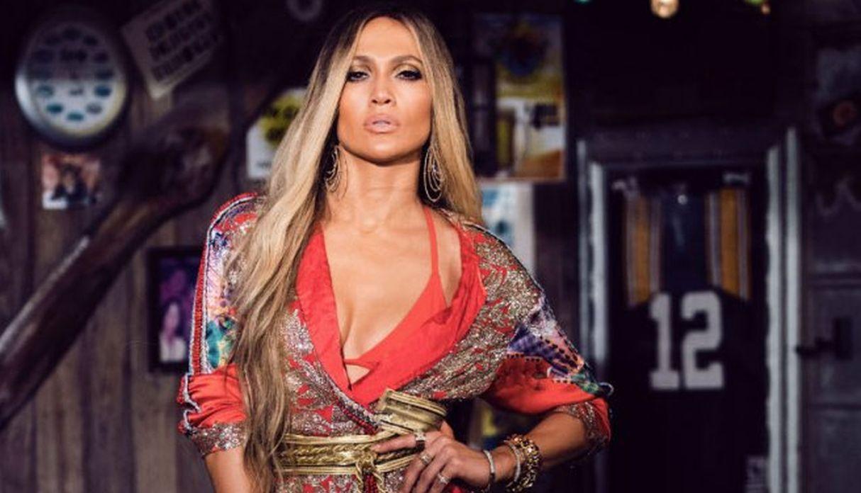 Jennifer Lopez luce sensacional a sus casi 50 años. (Foto: EFE)