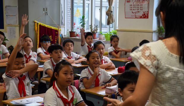 La constitución china estipula que las libertades de los ciudadanos y su derecho a la correspondencia privada están protegidas por la ley y no pueden ser violadas salvo por las agencias de seguridad o la Justicia. (Foto: AFP)