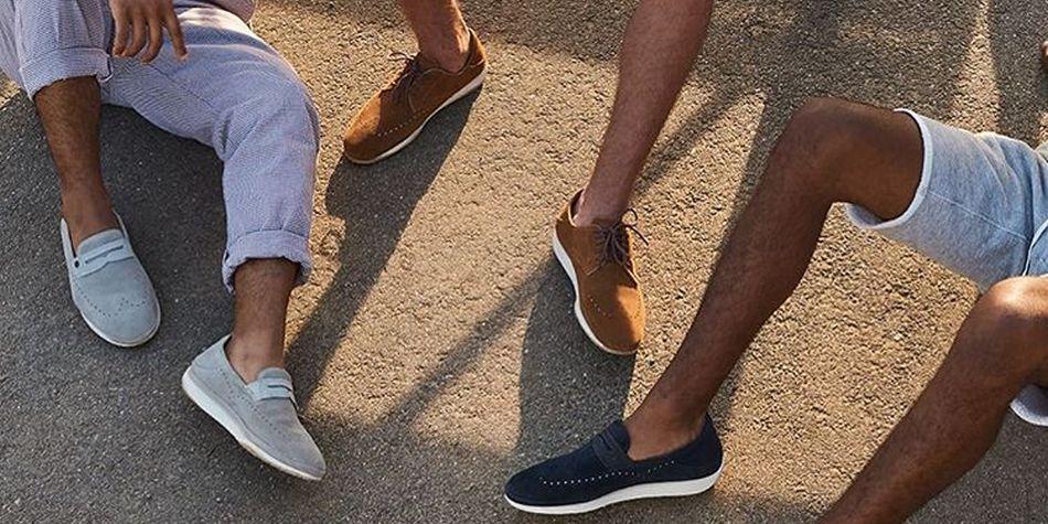 En verano no solo se pueden usar sandalias. Hay zapatos que combinan muy bien con short o bermuda. (Foto: UGG)