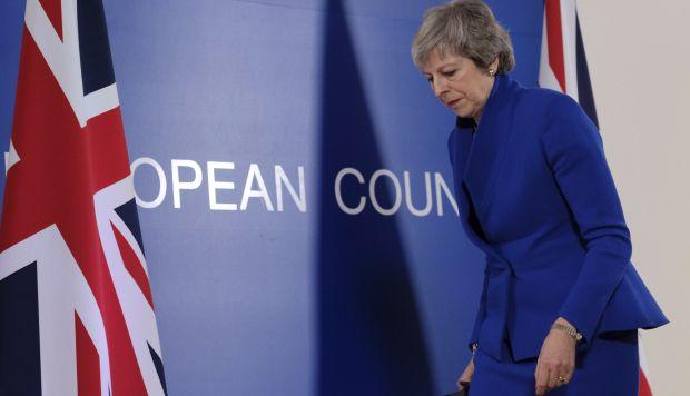En caso de que no sea aprobado el plan para el Brexit de May, el Gobierno deberá proponer un plan de acción alternativo que también podría ser rechazado por los Comunes. (Foto: EFE)