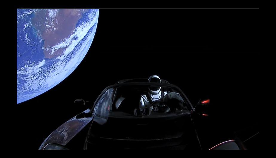 Un auto en la órbita solar. (Foto: SpaceX)