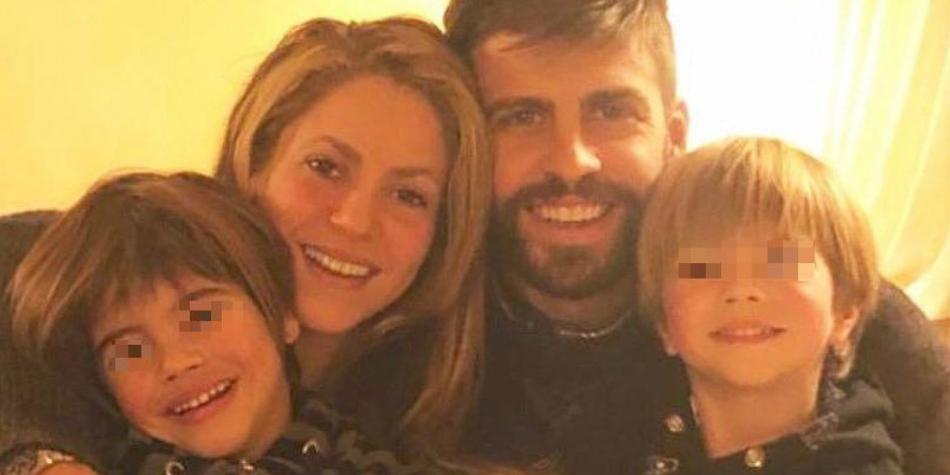 Shakira y Gerard Piqué comparten fotografía en Instagram junto a sus hijos.