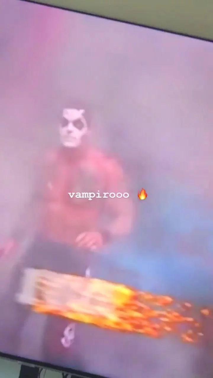 Con esta imagen, Bad Bunny confirmó que es un admirador de la lucha libre. (Foto: Instagram)