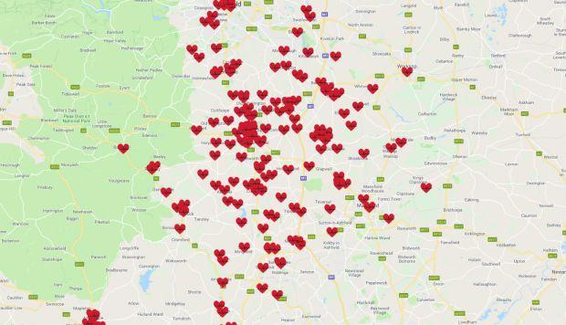 El adolescente ha registrado casi 200 desfibriladores por ahora en el área de Derbyshire y Nottinghamshire, a beneficio del público. (Foto: Google Maps)