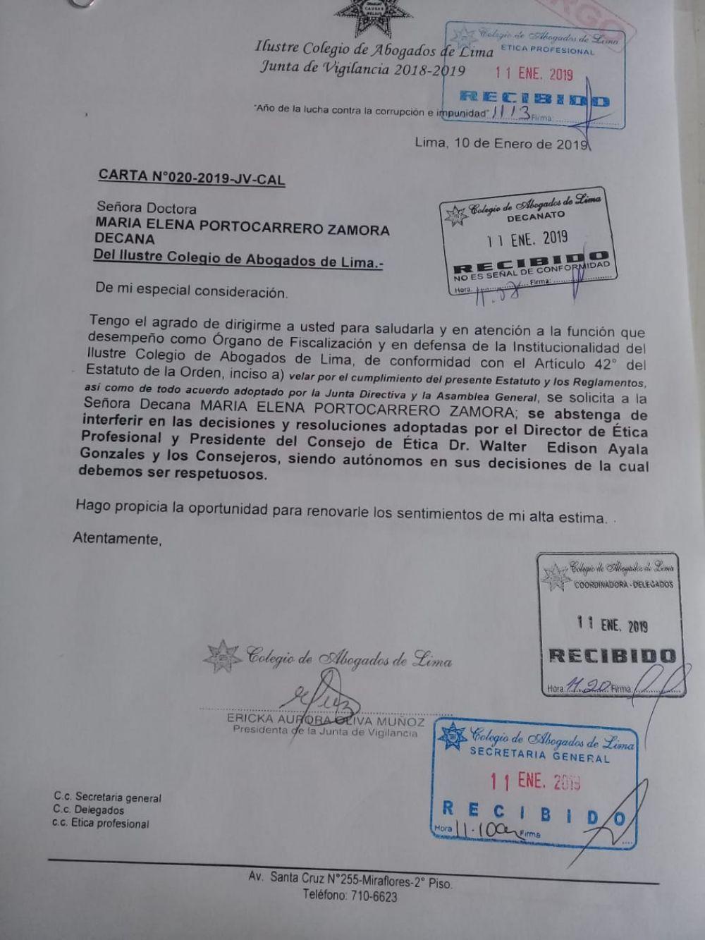Esta es la resolución que pide a la decana del CAL respetar fallo que suspende por 4 meses la colegiatura de Pedro Chávarry. (Foto: Difusión)
