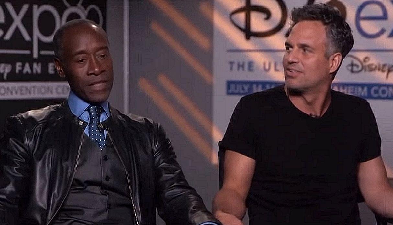 Don Cheadle se rehúsa a dar entrevistas junto a Mark Ruffalo por temor a los spoilers que este reveló en su momento (Foto: Captura de YouTube)
