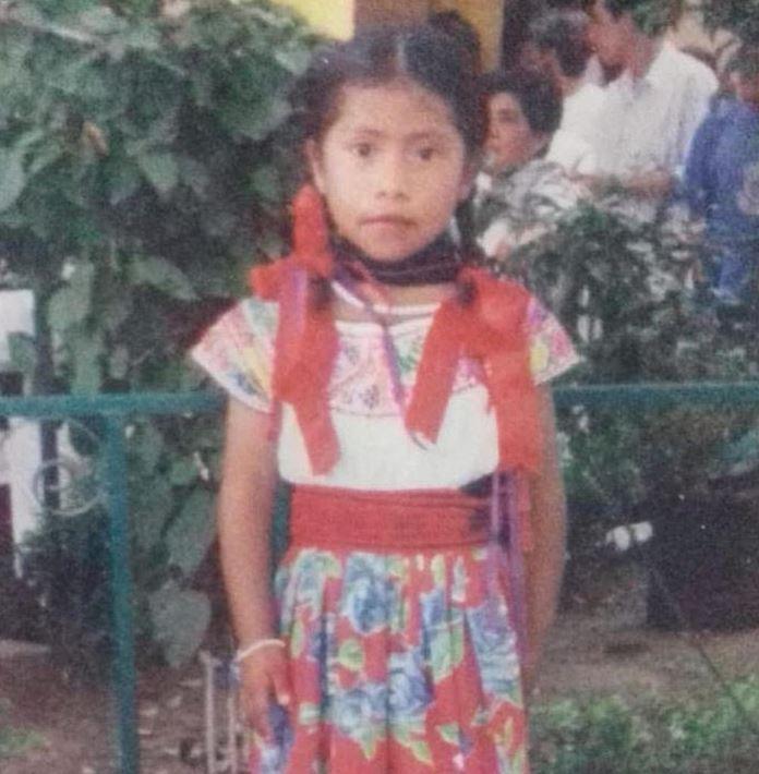 Fotografía de Yalitza Aparicio cuando era niña. (Foto: Instagram)