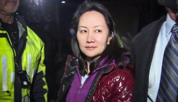 El departamento de Justicia de Estados Unidos está acusando también a la directoria financiera de Huawei, Meng Wanzhou. (Foto: AFP)