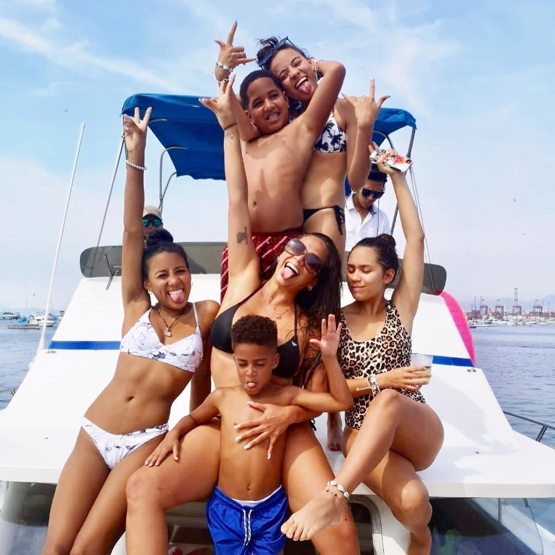 Melissa Klug celebra con todos sus hijos su cumpleaños. (Foto: Instagram)