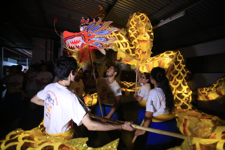 Siempre hay un dragón amarillo, un color muy especial para los chinos. (Foto: Jessica Vicente)
