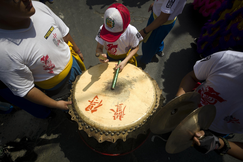 El tambor marcaba el paso de todos los danzarines. (Foto: Renzo Salazar)