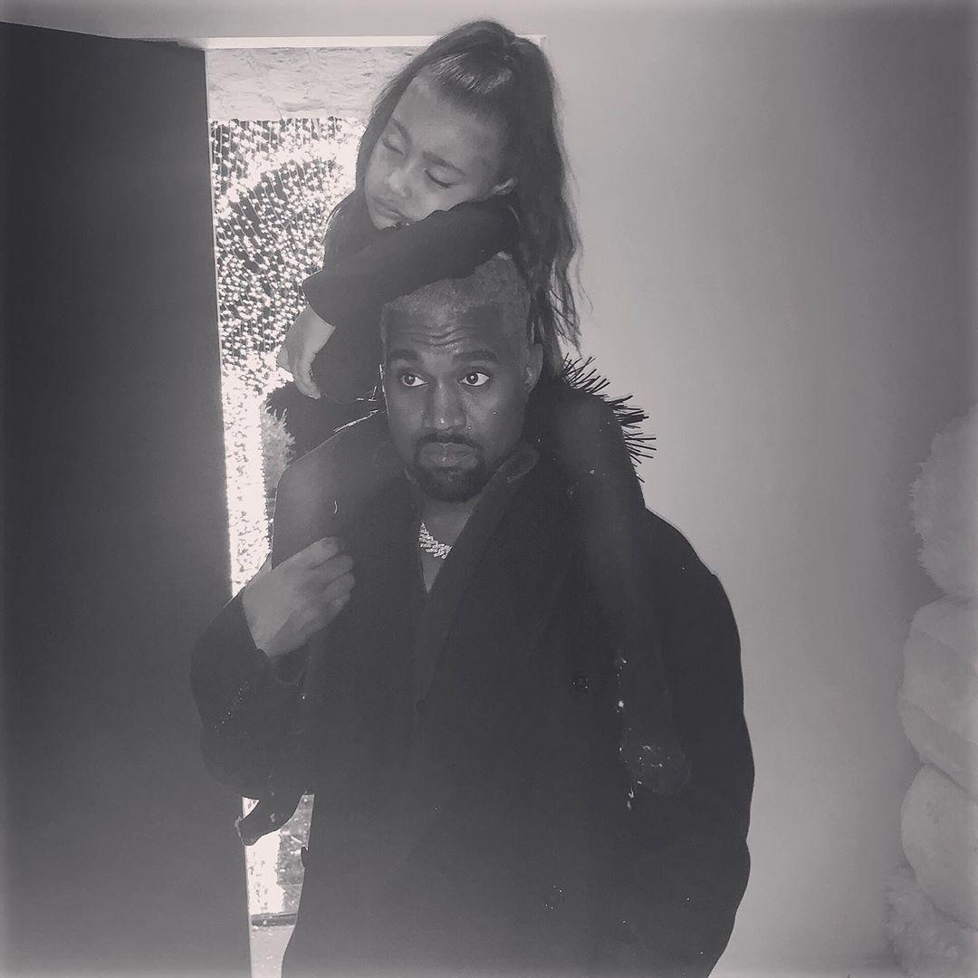 Kim Kardashian sigue publicando divertidas fotografías de sus familia. (Foto: Isntagram)