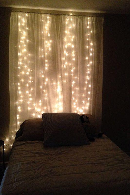 Las guirnaldas de luces le darán una iluminación romántica a la habitación. (Foto: Difusión Claudia Tassara)