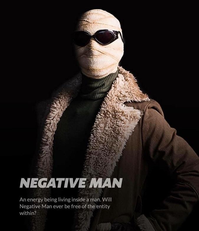"""""""Una energía viviendo dentro de un hombre. ¿Negative Man alguna vez estará libre de su entidad interna?"""" (Foto: DC Universe)"""