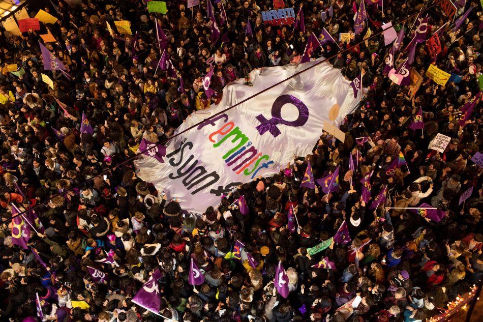 Las mujeres en Turquía continúan la lucha por tener igualdad y los mismos derechos que los hombres. (Foto: EFE)