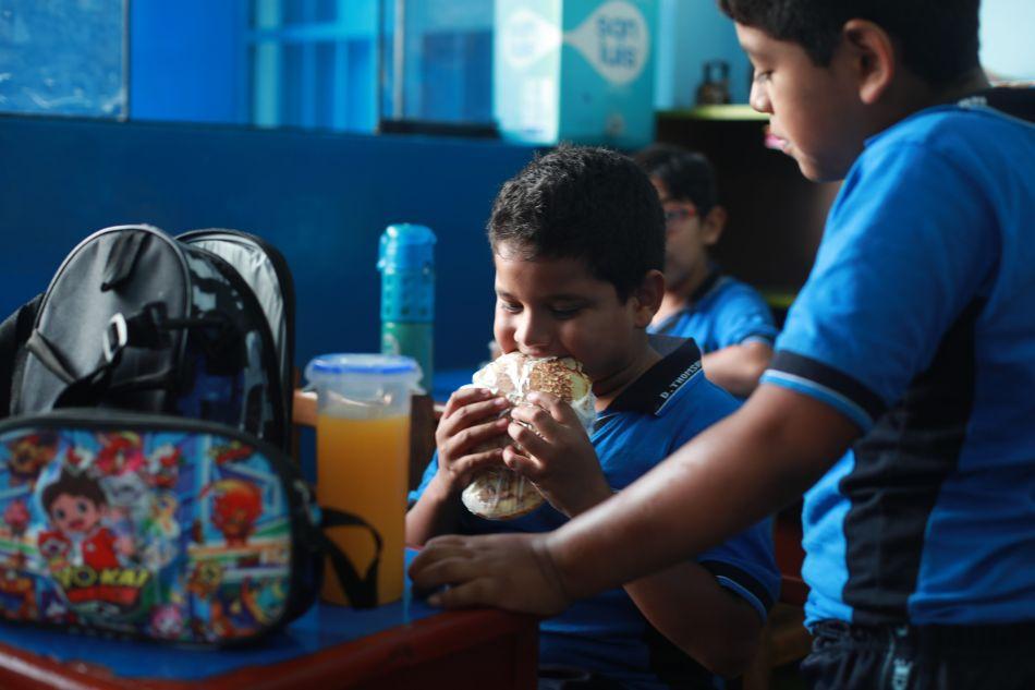 La lonchera debe cumplir determinados requisitos nutricionales con el fin de que los niños crezcan sanos y fuertes. (Foto: El Comercio)