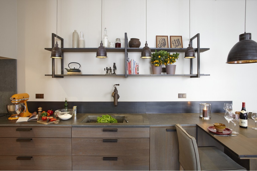 Las paredes son perfectas para colocar estantes multifuncionales. (Foto: Pixabay)