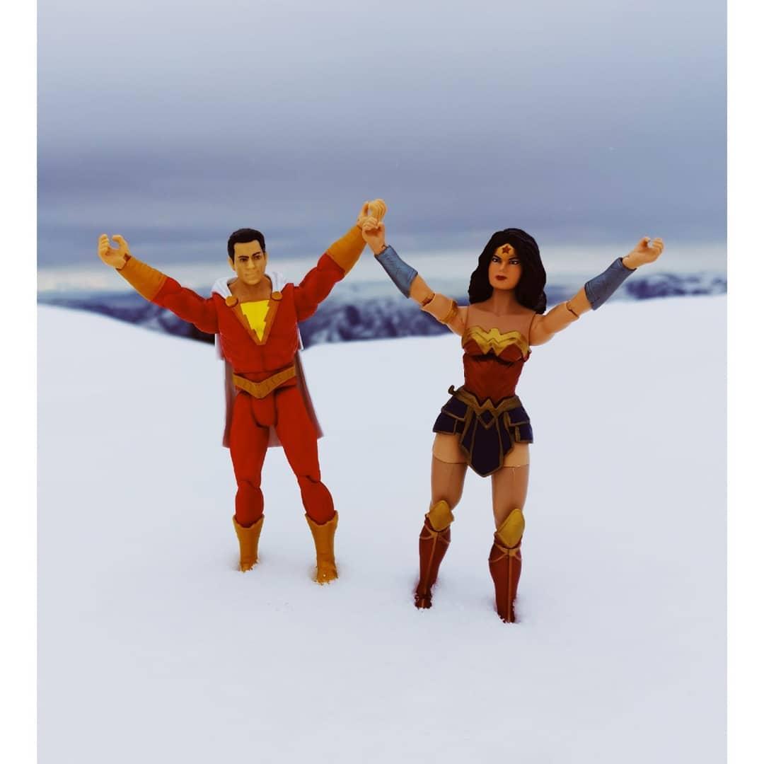Wonder Woman felicita a Zachary Levi por el éxito de Shazam!. (Foto: Instagram)