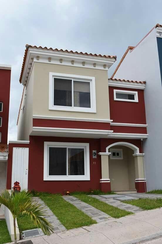 Los tonos tierra son los más comunes al momento de pintar una fachada. (Foto: Pinterest Mundo Casas)