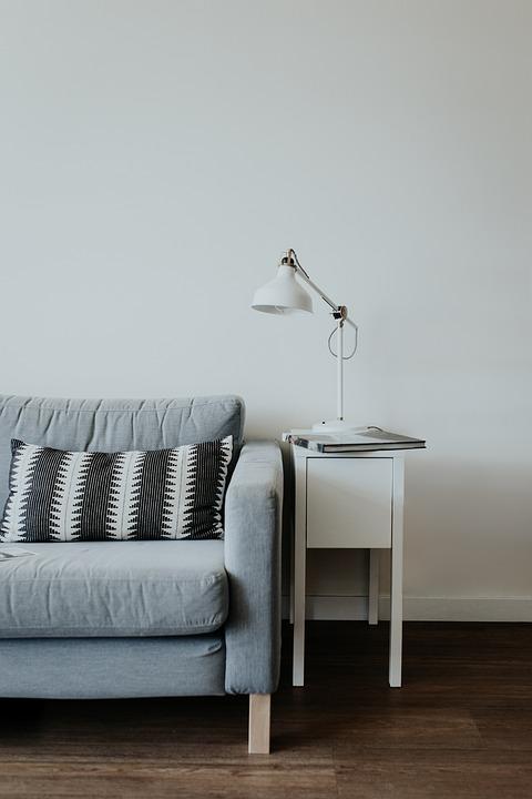 Las lámparas son ideales para aumentar un poco de luz en la sala. (Foto: Pixabay)