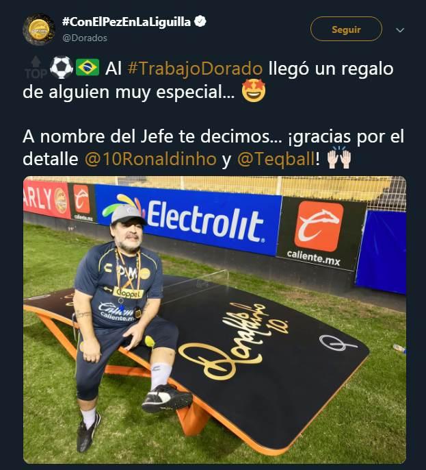 Dorados agradece a Ronaldinho por los obsequios que llegaron para Maradona. (Foto: captura de @Dorados)