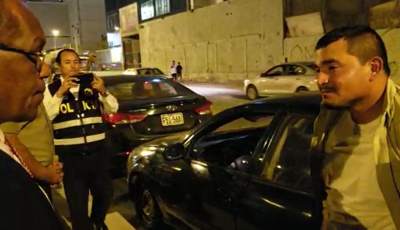Detenido señaló a los policías que trabaja en seguridad; sin embargo, en la actualidad se encuentra desempleado. (Foto: PNP)