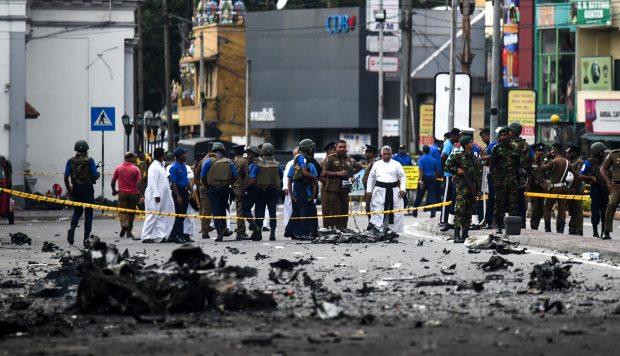 En Sri Lanka crece la polémica sobre el hecho si las autoridades habían tomado medidas de seguridad adecuadas antes de los atentados del domingo. (Foto: AFP)