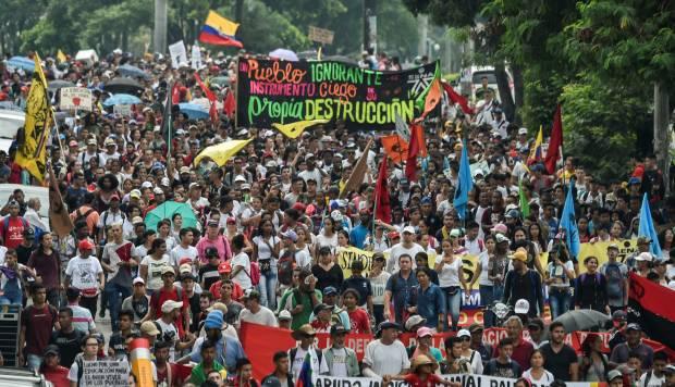Esta jornada de manifestaciones no tiene el carácter de una huelga nacional porque es acatada solo por algunos sectores. (Foto: AFP)