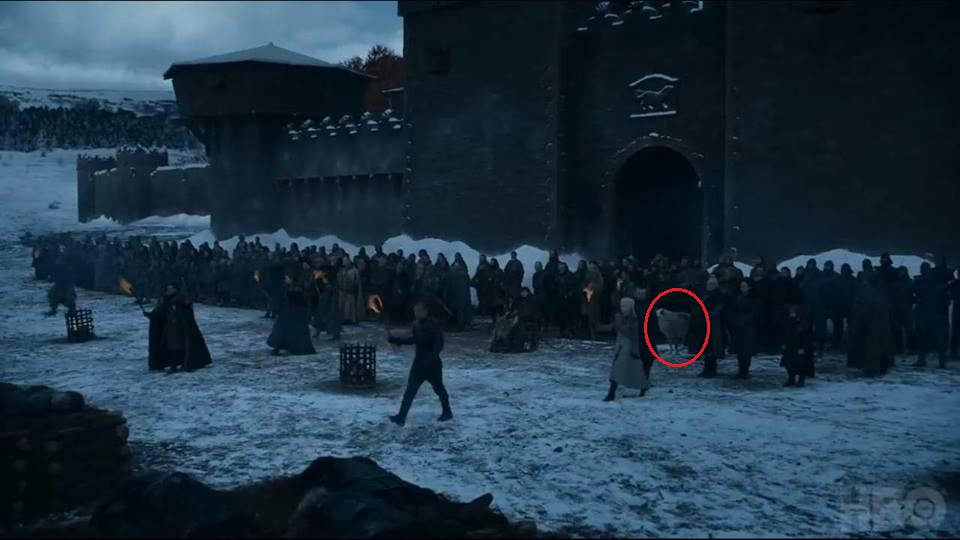 Aquí es el preciso momento en el que vemos a Ghost en el Tráiler del capítulo 8x04.   HBO