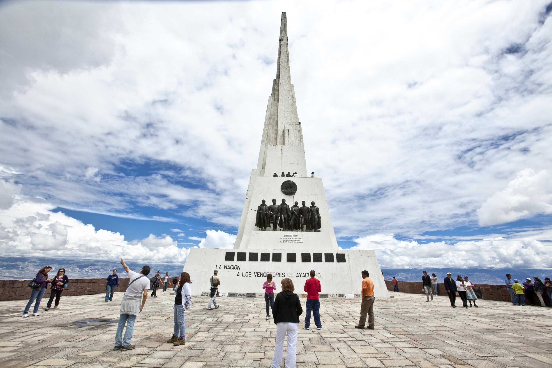 El obelisco en honor a la Batalla de Ayacucho es uno de los destinos imperdibles de esta región. (Foto: PromPerú)