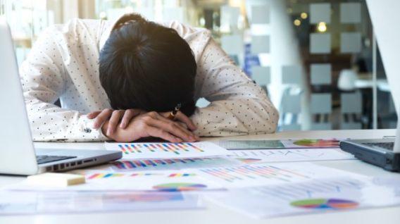 El agotamiento no es un diagnóstico médico. (Foto: Freepik)