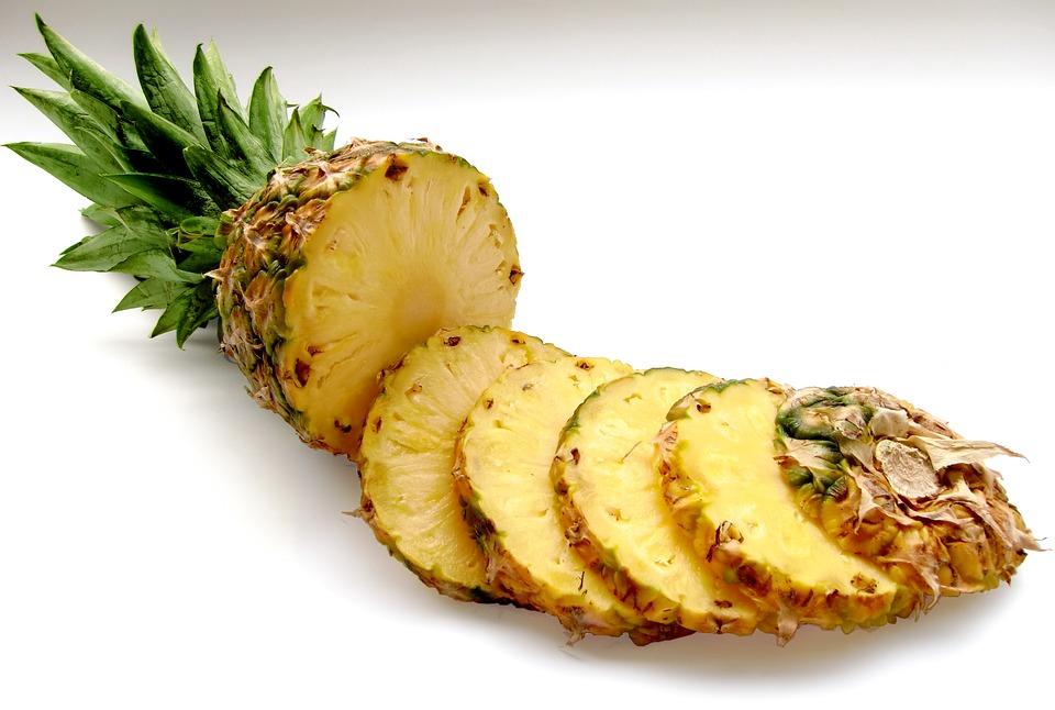 La piña es una fruta que tiene muchos beneficios para nuestro organismo. (Foto: Pixabay)