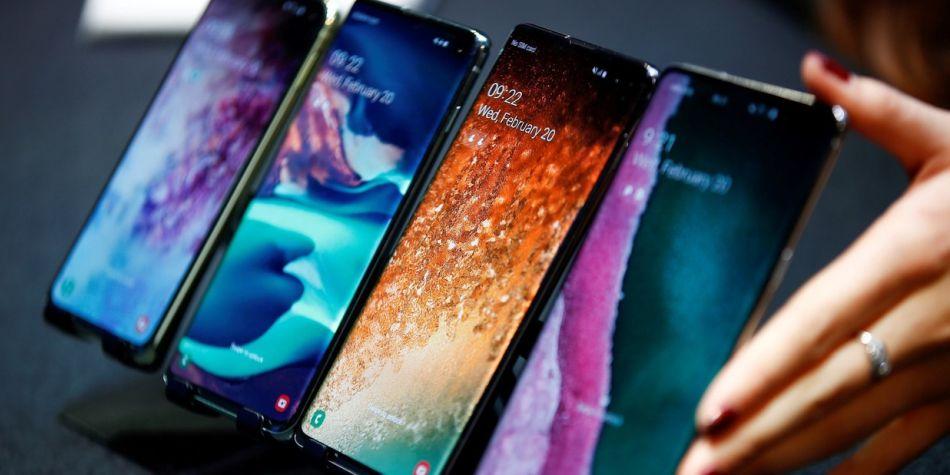 El Galaxy S10 Plus es el primer Smartphone de 2019. (Foto: AFP)