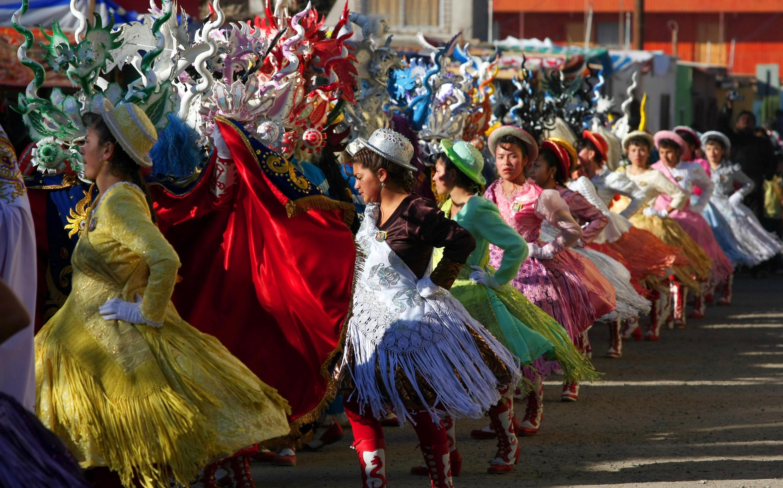Color, fiesta, amabilidad y alegría es lo que encontrarás en el norte de Chile. (Foto: SERNATUR Chile)