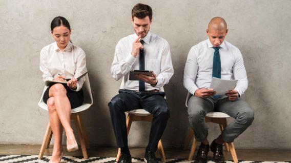 Es muy difícil adivinar lo que te preguntarán en una entrevista de trabajo. Pero estarás mejor preparado si conoces algunas de las más comunes. (Foto: Freepik)