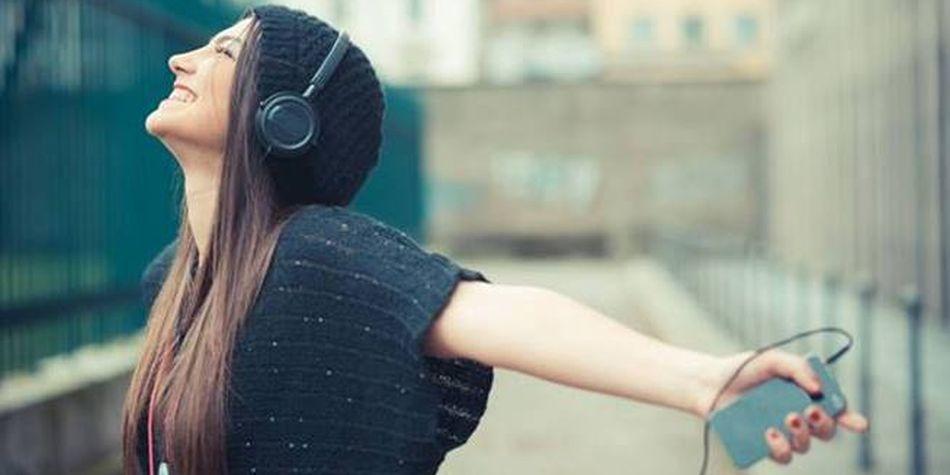 Los estudiantes que escuchaban música para analizar o apreciar la composición o técnica, también preferían la música instrumental. (Foto: Shutterstock)