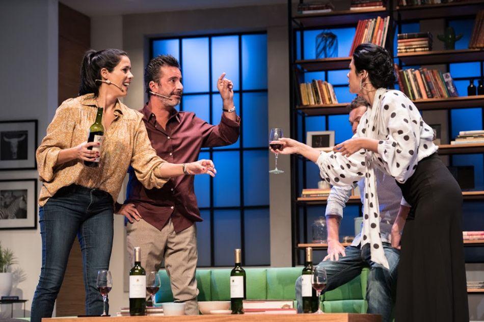 La picante comedia está bajo la dirección de Bruno Ascenzo.  (Foto: Los Productores)
