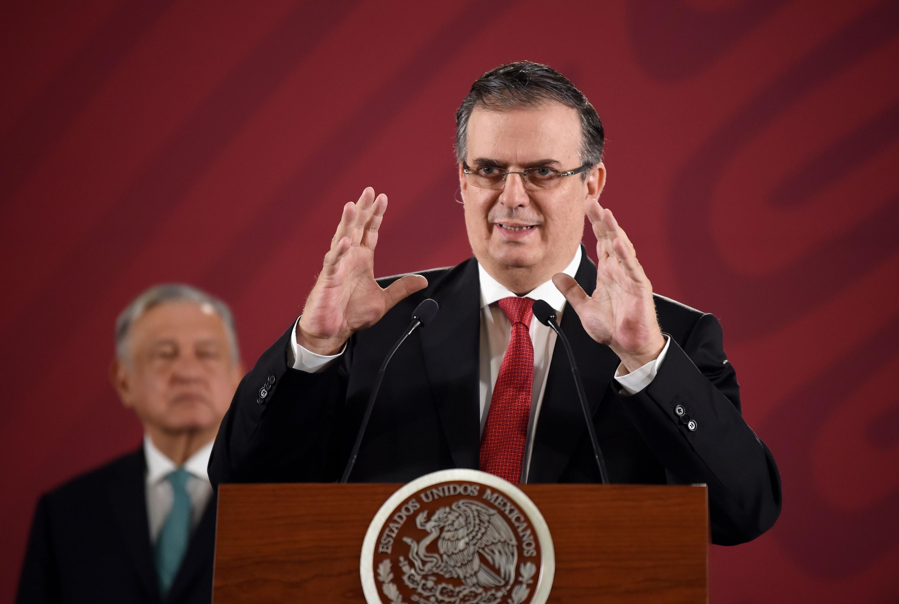 El ministro de Relaciones Exteriores de México, Marcelo Ebrard, se expresó durante la conferencia de prensa matutina. (Foto: AFP)