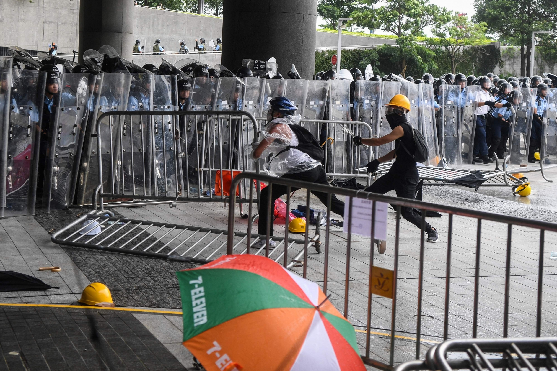 Violentas marchas contra la polémica ley en Hong Kong. (Foto: AFP)