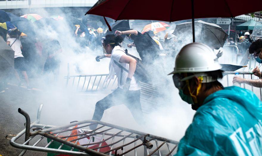 En la anterior protesta, varios manifestantes se enfrentaron a las fuerzas del orden. (AFP)