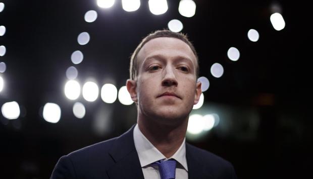 La aparición de estos fraudes significa un duro golpe a Facebook. (Foto: EFE)
