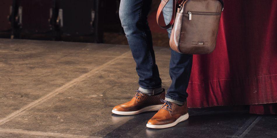 Unos buenos zapatos de cuero pueden marcar la diferencia para un look casual o un viernes de diversión con los amigos. (Foto: Vélez)